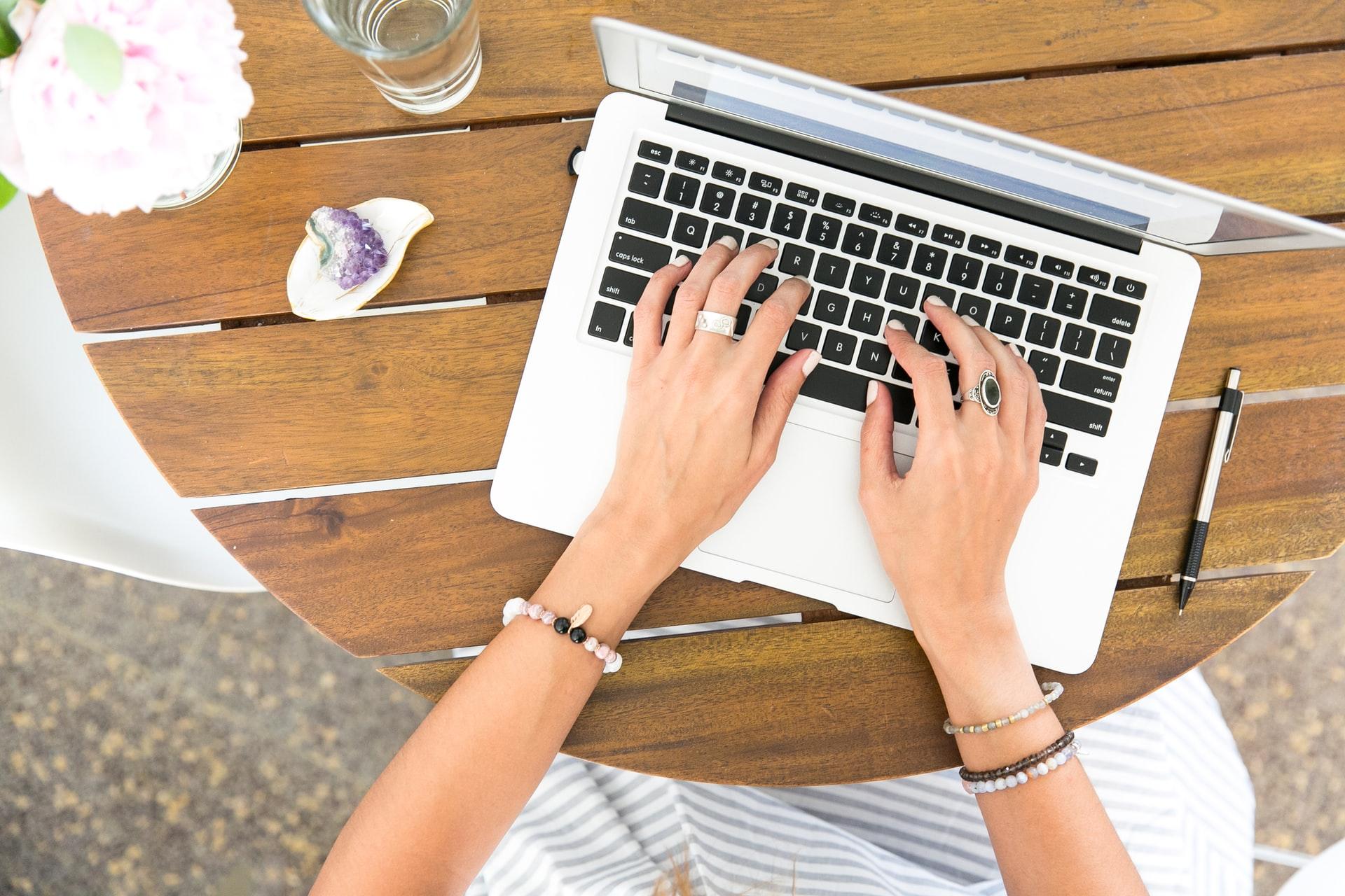 7 Reasons You Need to Hire a Seo Copywriter