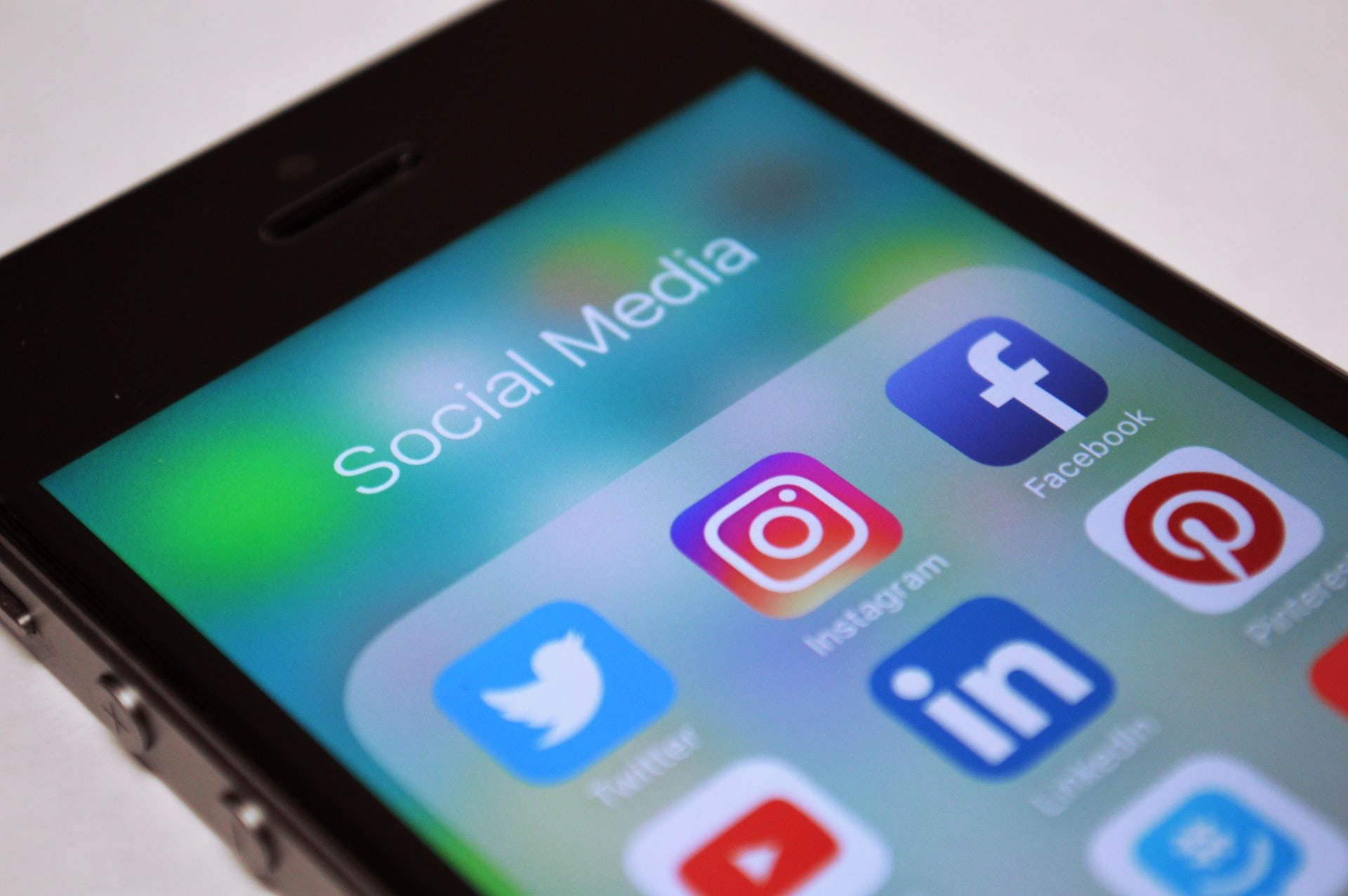 The Most Effective Ways to Promote a New Website on Social Media
