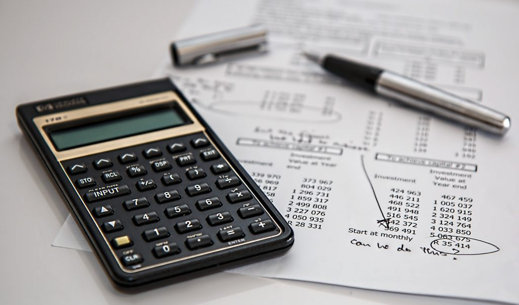 Calculator on financial report